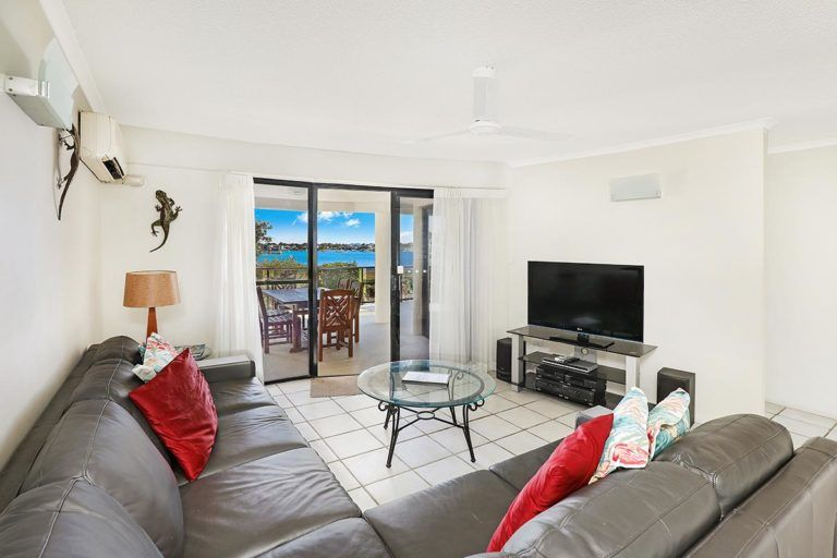 3bed-gf-mooloolaba-holiday-accommodation-1