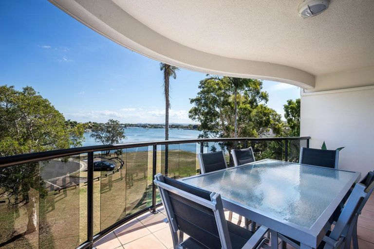 3bed-penthouse-mooloolaba-holiday-accommodation-3