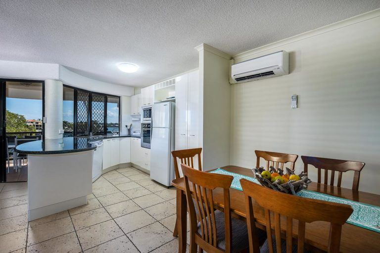 3bed-penthouse-mooloolaba-holiday-accommodation-4